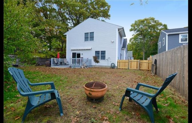 135 New Rd, East Providence, RI 02916 - Single Family Home For Sale