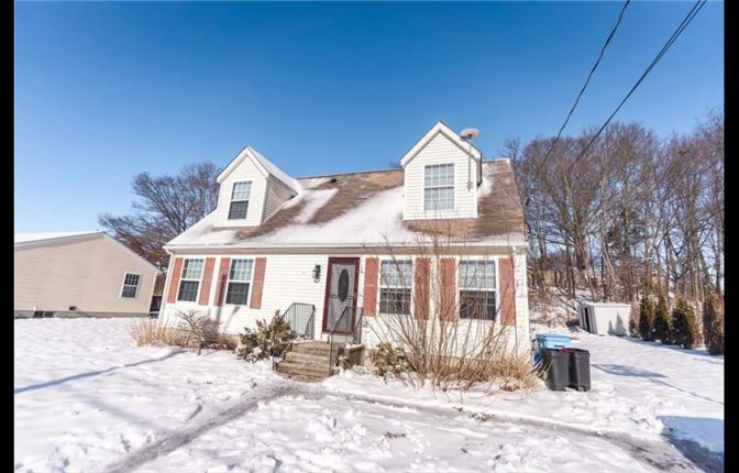 11 Caroline St. Cumberland, RI 02864 – Single Family Home For Sale