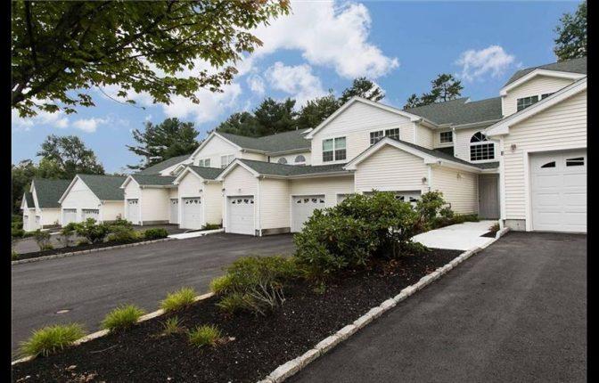 3 Silver Pines Blvd North Smithfield, RI 02896 – Condo Unit For Sale