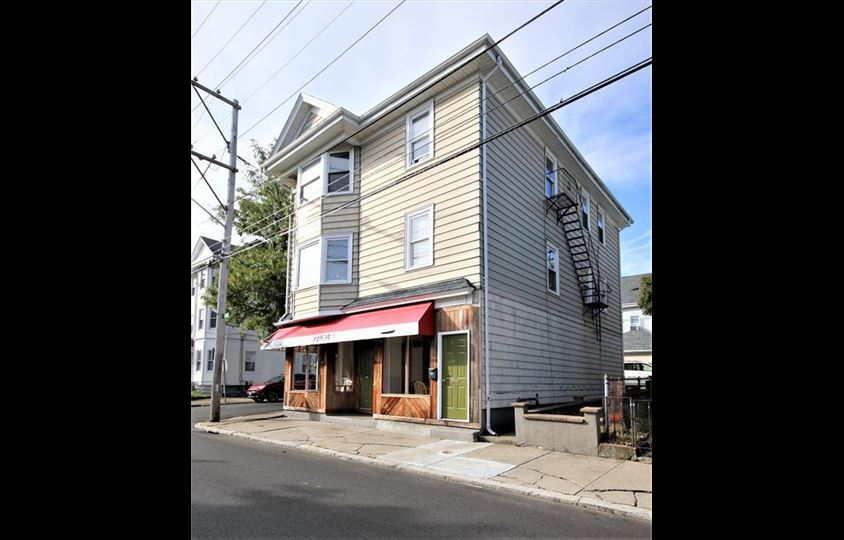 Admirable 54 Sabin St Pawtucket Ri 02860 Mixed Use Building Beutiful Home Inspiration Aditmahrainfo